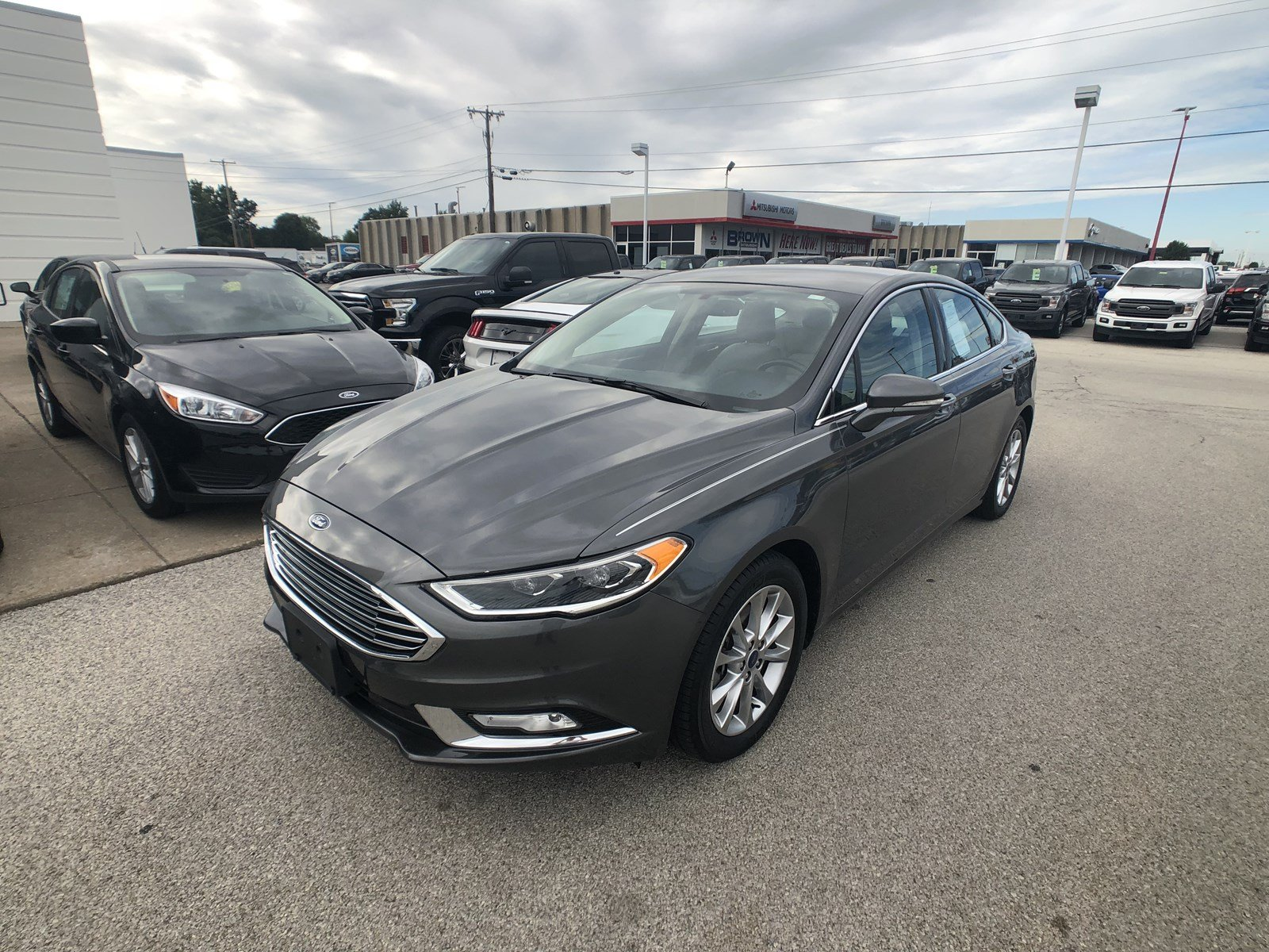 Pre Owned 2017 Ford Fusion SE 4dr Car in Toledo